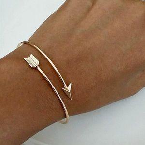 Jewelry - Gold Tone Arrow Bracelet